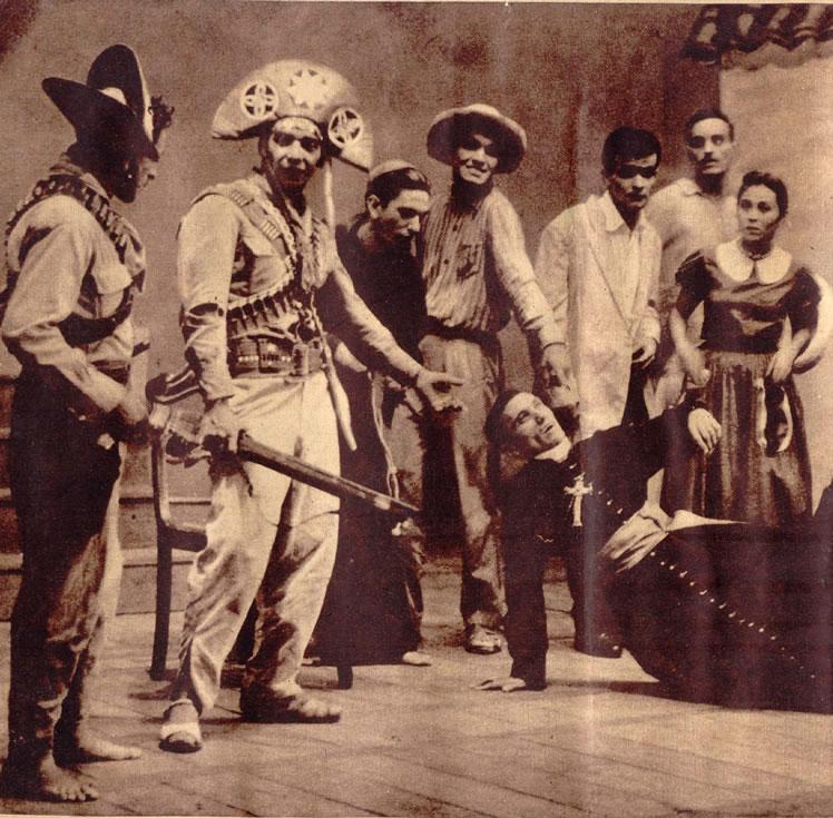"""O """"Auto da Compadecida"""", de Ariano Suassuna, foi encenado pela primeira vez a 11 de setembro de 1956, no Teatro de Santa Isabel, pelo Teatro Adolescente do Recife."""